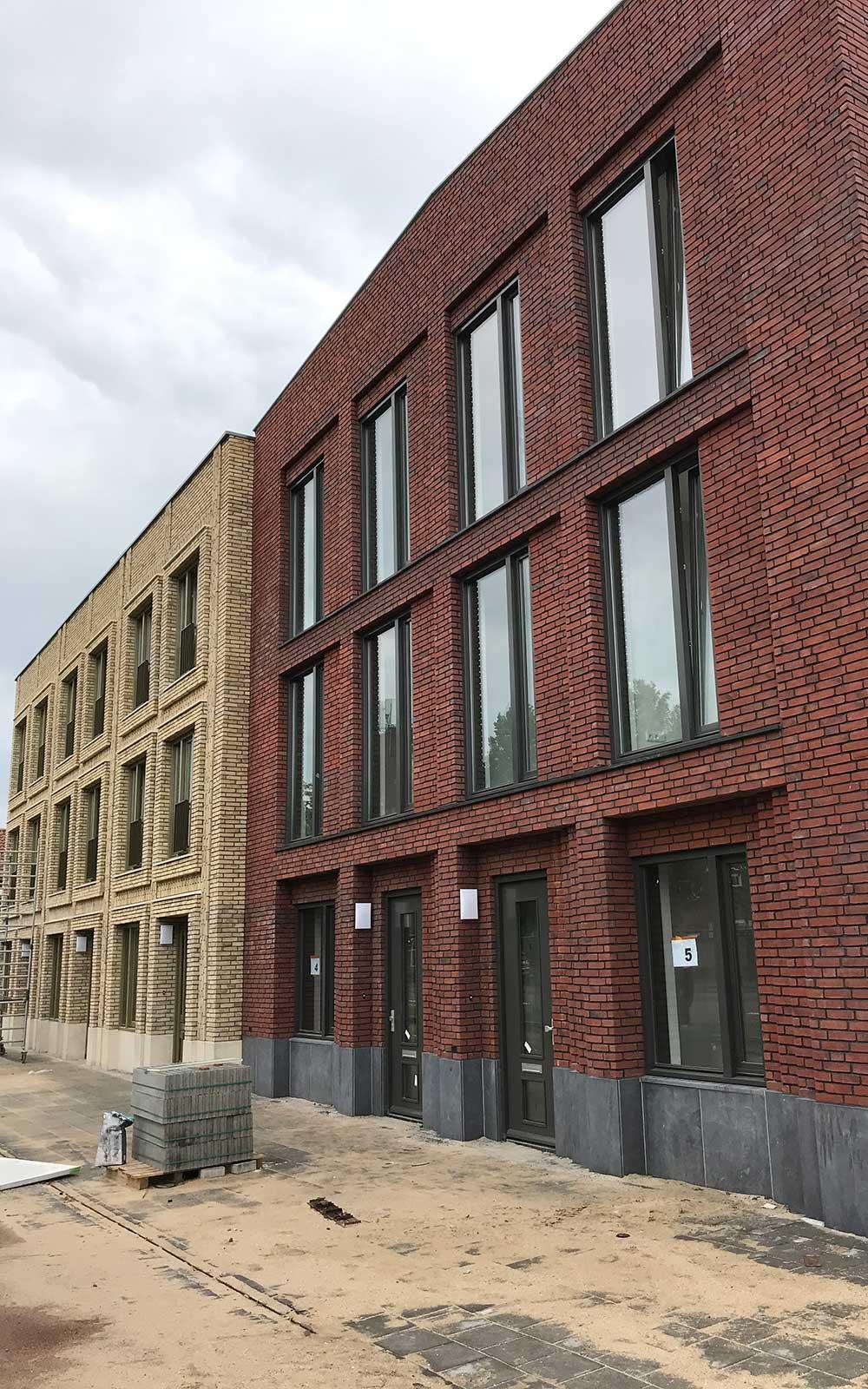 3 Hoefijzers, Breda